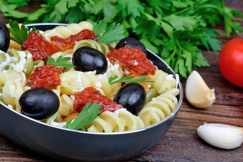 pasta fredda pomodorini e olive