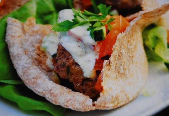 Preferenza Ricette panini veloci: pane pita con carne macinata e guacamole ID05
