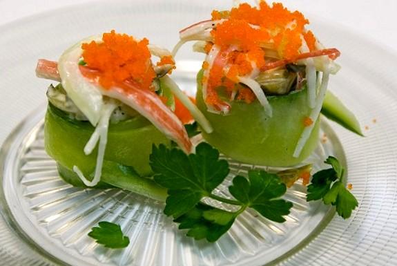 rotolini salmone e cetriolo