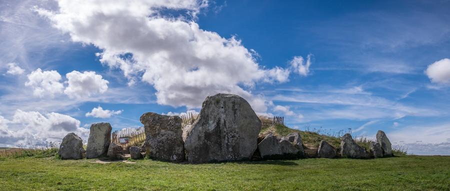 Avebury burial place