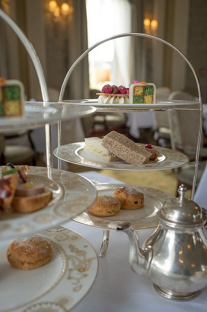 glenlo abbey afternoon tea