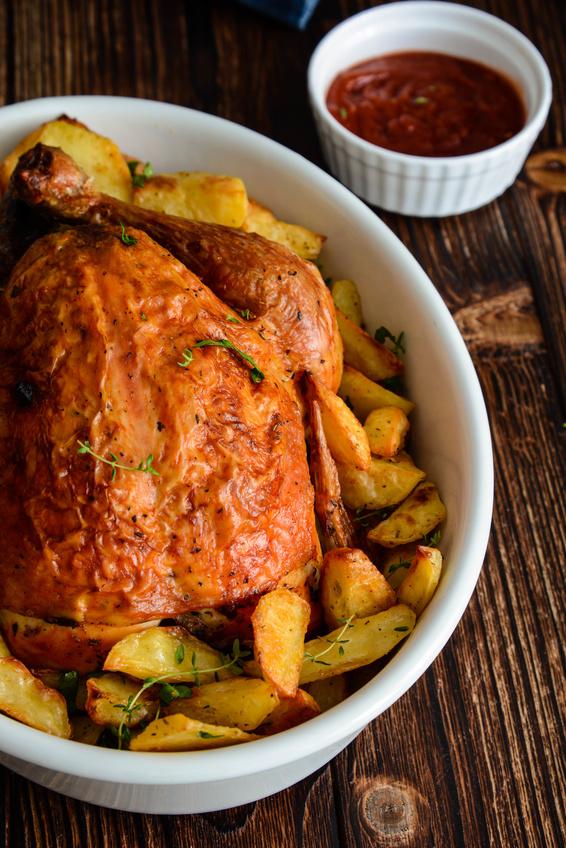 Pollo al forno croccante con patate